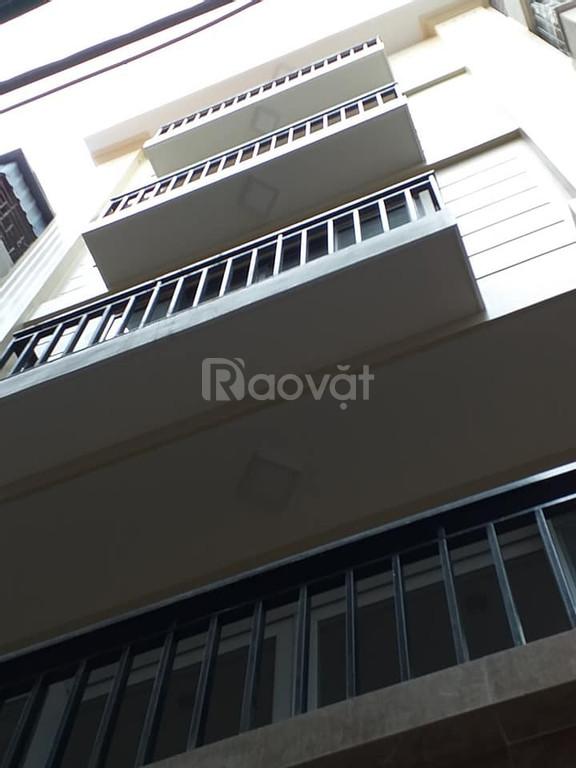 Gia đình cần bán nhà ngõ 15 Quan Hoa 4 tầng giá 5 tỷ DT50m2 ngõ thông