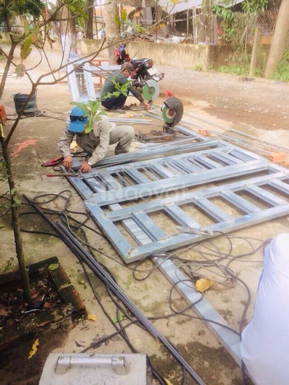 Thi công cửa sắt giá rẻ tại Thuận An Bình Dương