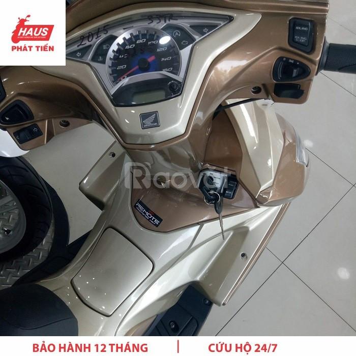 Honda Airblade bản đặc biệt 2015 vàng Champage sơn từ tính 3D