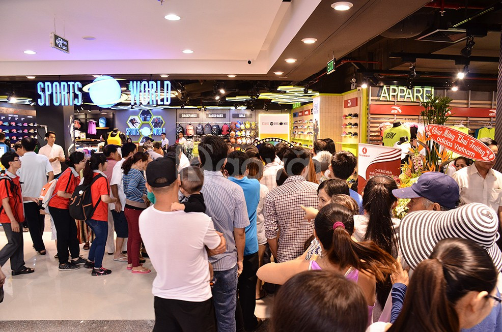 Shop house quận 7, mặt tiền đường Nguyễn Lương Bằng, 200 triệu 4m2