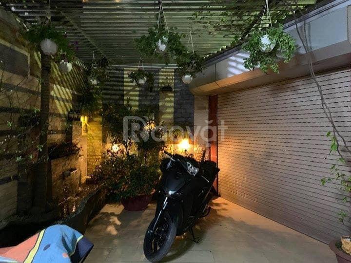 Nhà đẹp Văn Cao, 3 mặt thoáng, ôtô tránh, DT 63m2 x 5T