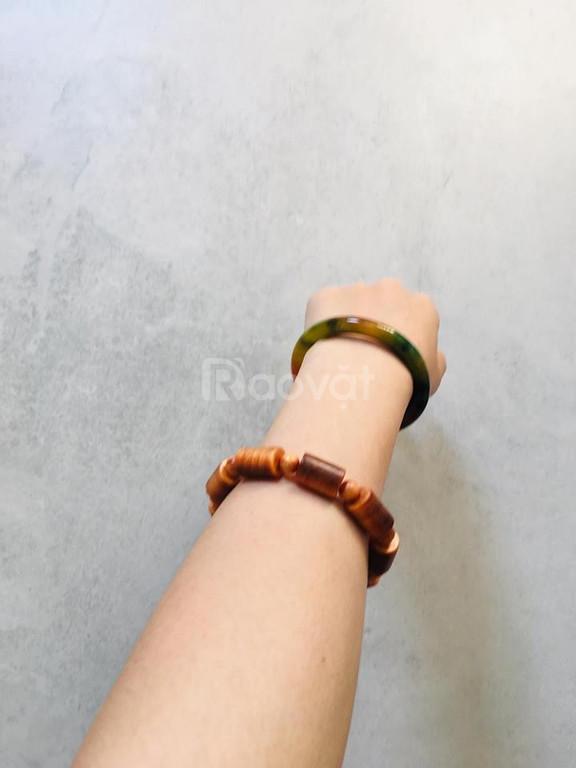 Bán vòng tay gỗ huyết long phong thủy