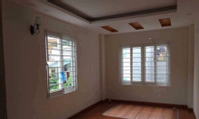Chính chủ bán gấp nhà ngõ 27 Võ Chí Công, 38m2 5 tầng, mặt tiền 4m
