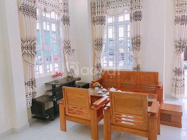 Bán nhà trung tâm thị xã Bến Cát trả trước 400 triệu nhận nhà