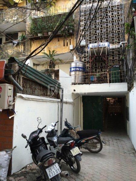 CC bán căn hộ CC T2, P216 D1 TT Trung Tự, mặt phố, đối diện Hồ Đắc Di
