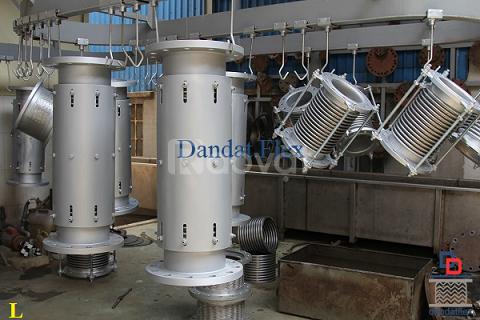 Ống mềm dẫn xăng dầu phi 60, khớp co giãn ES-200 (SS400)
