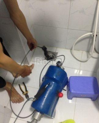 Thông tắc bồn cầu, nhà vệ sinh giá rẻ tại Nguyễn Cơ Thạch, Lê Đức Thọ