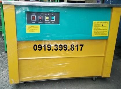 Máy đóng đai gạch men nhập  khẩu Đài Loan
