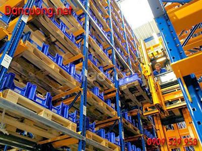 Kệ sắt Dân Cường chứa hàng công nghiệp, hàng tiêu dùng thực phẩm