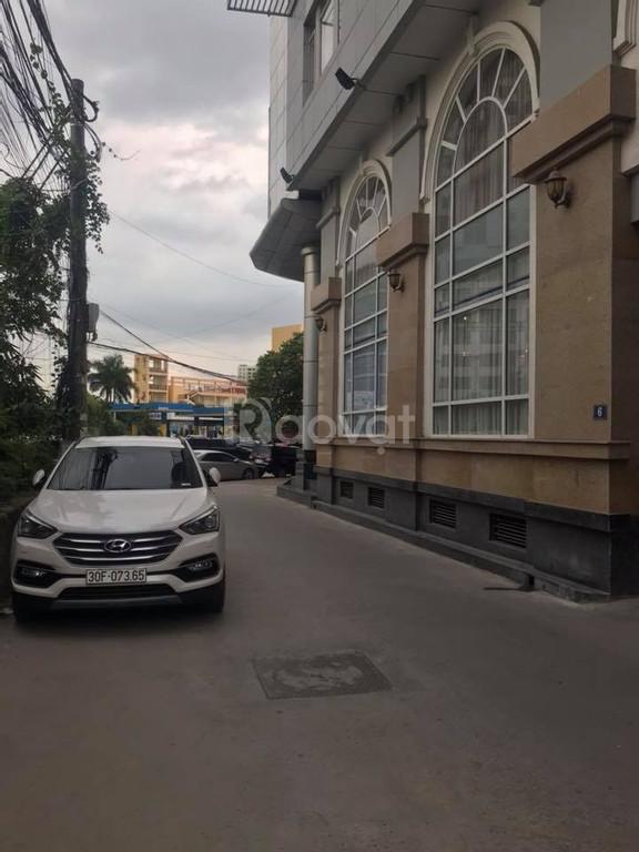 Cần bán nhà ôtô chạy KD ngõ 24- Lạc Long Quân DT65m2 MT7m giá 10.8 tỷ
