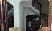 Cần bán gấp nhà phân lô phố Chùa Bộc, 33m²*4 tầng, Mt:3,3m.