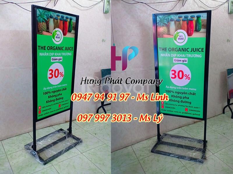 Standee khung sắt ốp format giá rẻ tại HCM