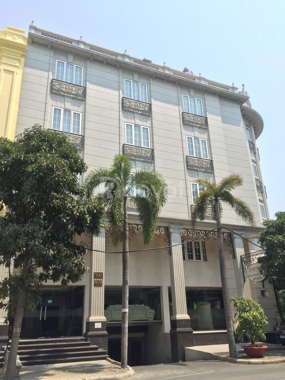 Gia đình mới xây khách sạn 38 phòng ở Phú Mỹ Hưng, Quận 7 cần cho thuê