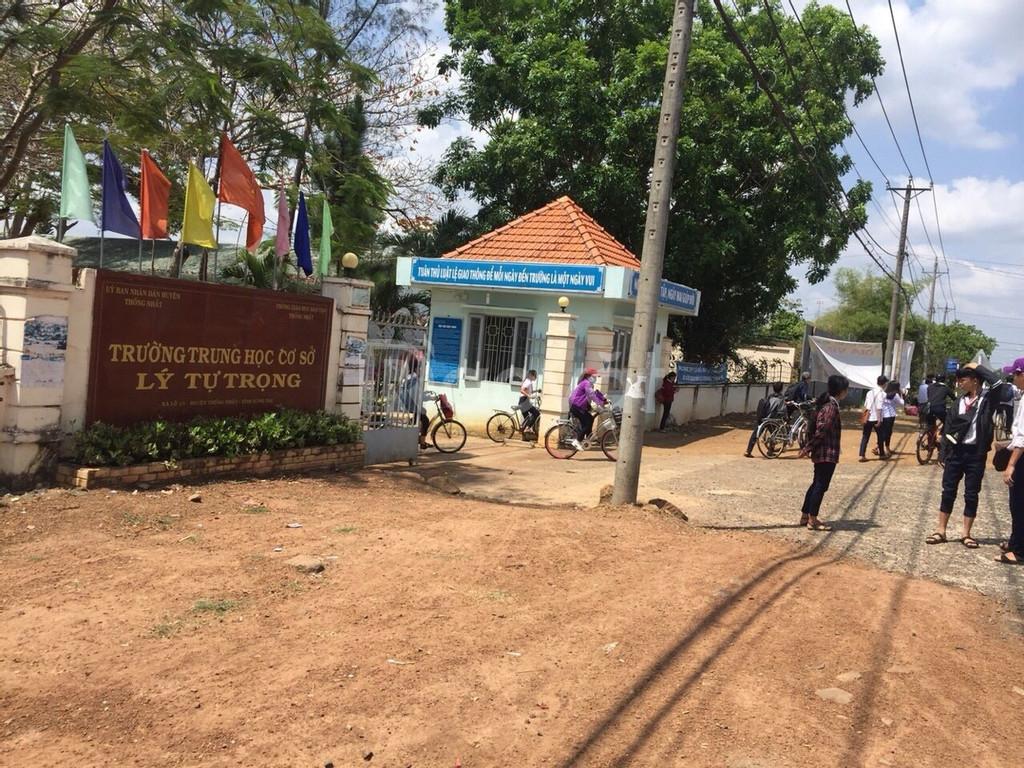 Nhà khu công nghiệp Dầu Giây, gần chợ, trường học, trạm xe buýt