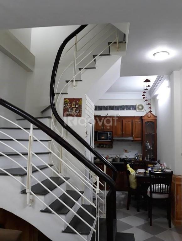 Nhà ngõ 67 Thái Thịnh 37m2, 4 tầng thoáng sáng, ngõ rộng