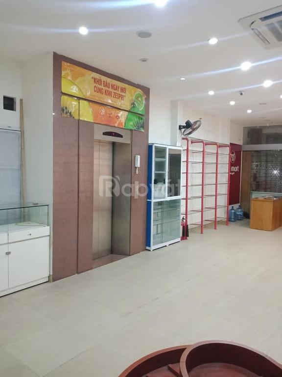 Nhà mặt phố Kinh doanh Thang máy 100m2 Mai Dịch Cầu Giấy