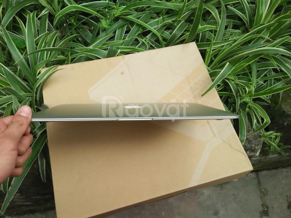 Macbook air core i7 ram8 ssd 128g 13.3 inch mới 99%