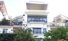 Cho thuê khách sạn cao cấp 13 phòng khu Hưng Gia ở Phú Mỹ Hưng