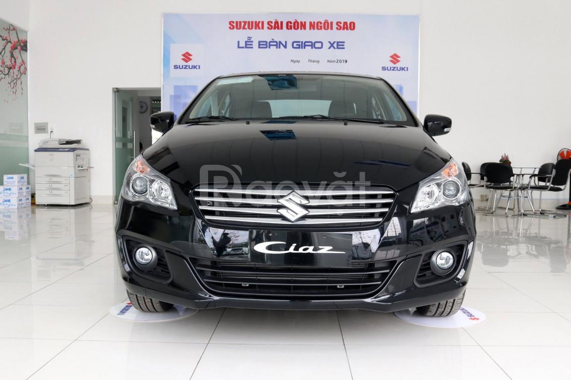 Suzuki Ciaz nhập khẩu giá rẻ, hỗ trợ trả góp