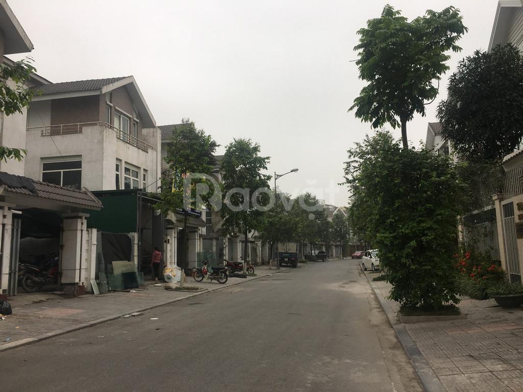 Bán BT 200m2 KĐT Văn Phú 8 tỷ có TL