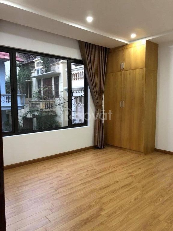 Bán tòa nhà mặt phố Minh Khai, Hai Bà Trưng, cho thuê 300 tr/ tháng