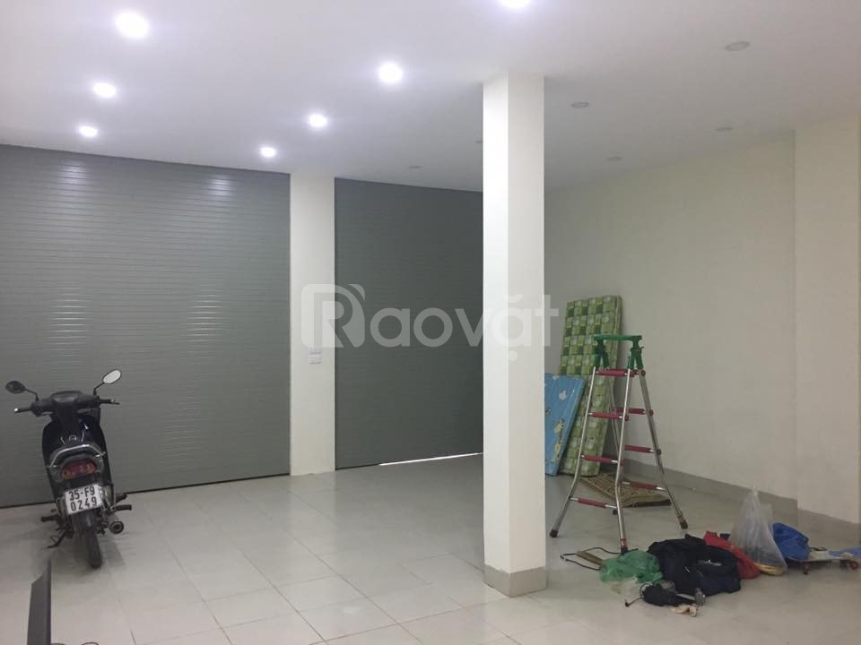 Cho thuê phòng ngoài- mặt đường Sa Đôi, tiện buôn bán or làm văn phòng
