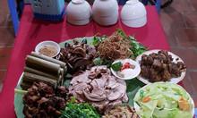 Đặt ăn tại nhà sàn Mai Châu