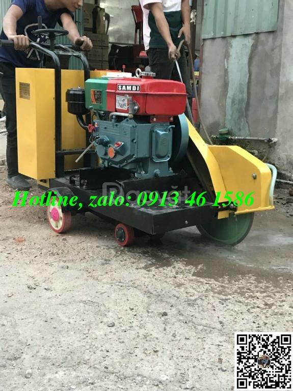 Máy cắt bê tông giá rẻ chạy xăng chạy dầu