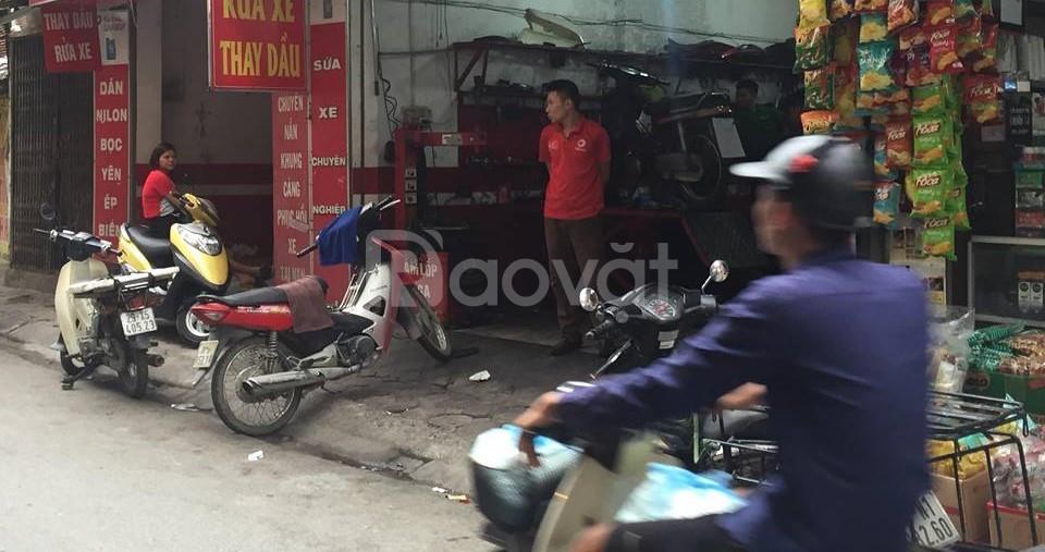 Bán nhà mặt phố  Yên Hòa 104m2 sổ đỏ chính chủ, khu đông dân cư