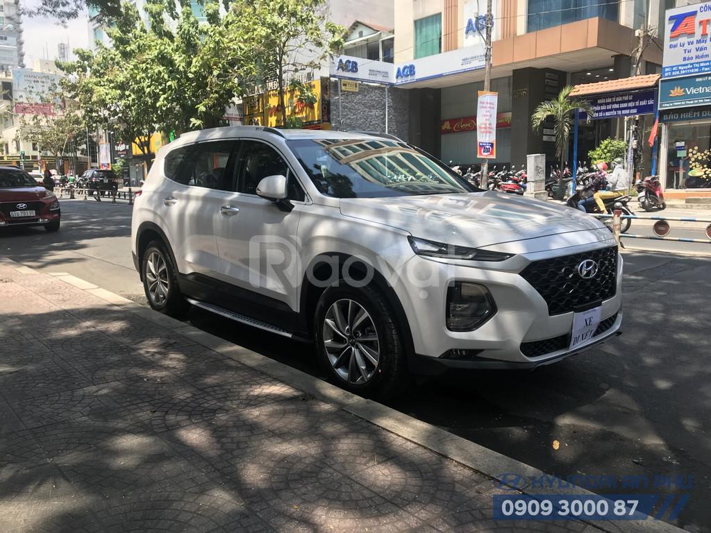 Hyundai SantaFe 2019, xăng/dầu tiêu chuẩn, màu trắng, Hyundai An Phú