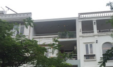 Cho thuê nhà phố khu Hưng Gia ở Phú Mỹ Hưng, Quận 7 đường lớn giá rẻ