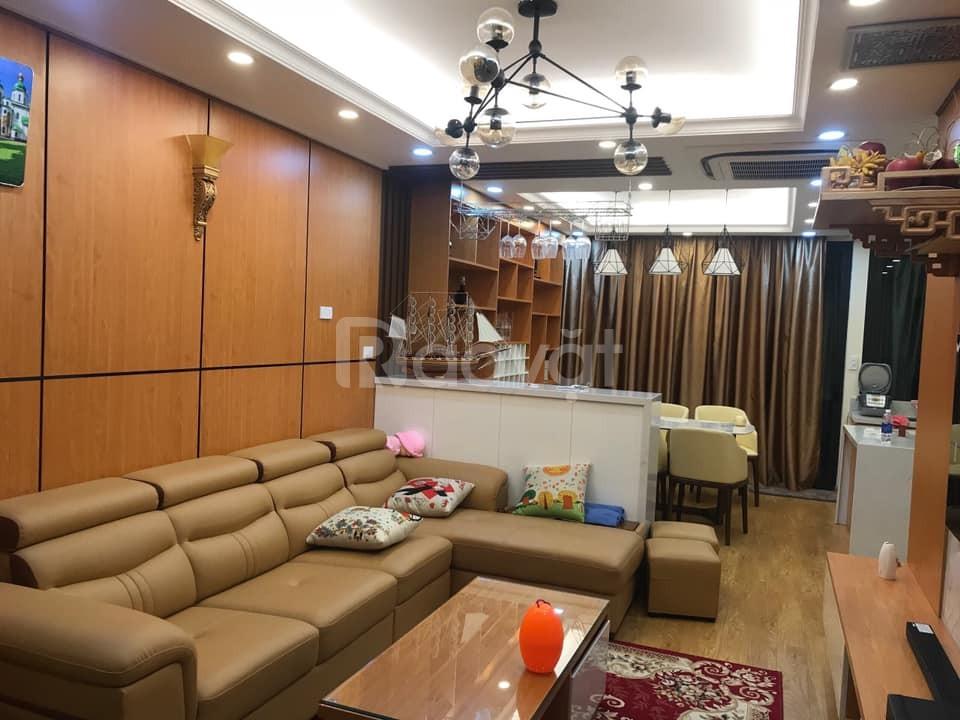Bán nhà ngõ ôtô tránh 456 Kim Mã DT 70m2, MT6m, giá 11 tỷ, kinh doanh