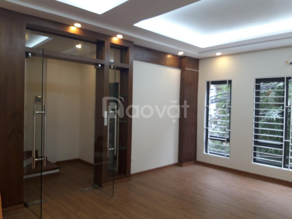 Chính chủ án nhà ngõ 456 Xuân Đỉnh, đường ô tô, DT 40m2 xây 5 tầng