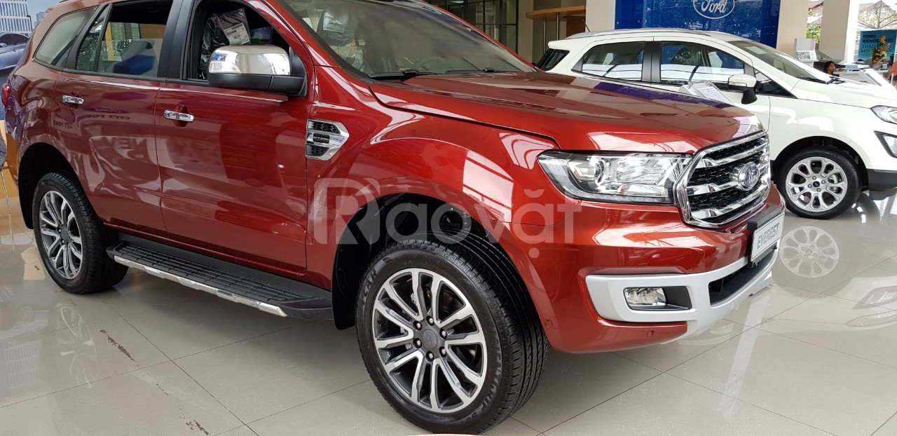 Ford Everest, giá tốt ưu đãi lớn, tặng gói combo phụ kiện giá trị