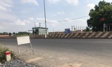 Đất đối diện chợ, gần cổng KCN Phước Đông, Gò Dầu