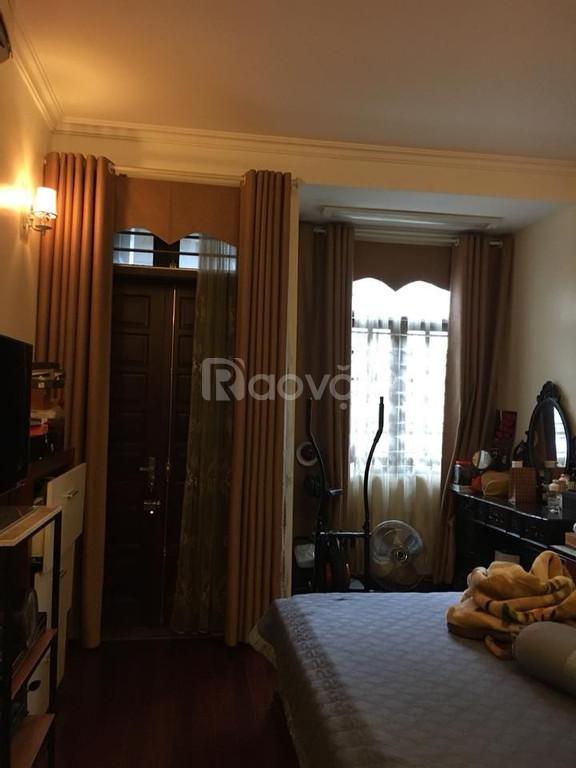 Bán nhà đẹp 5T cách phố Yên Hòa 20m, DT 35m2 x 5T, MT 3,9m
