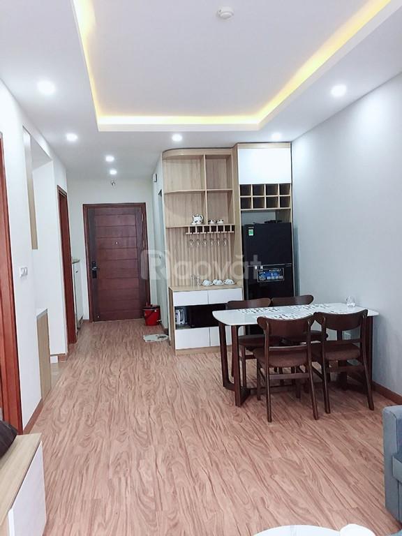 Cần Bán nhà Trương Định 6 tầng giá 3.6 tỷ.