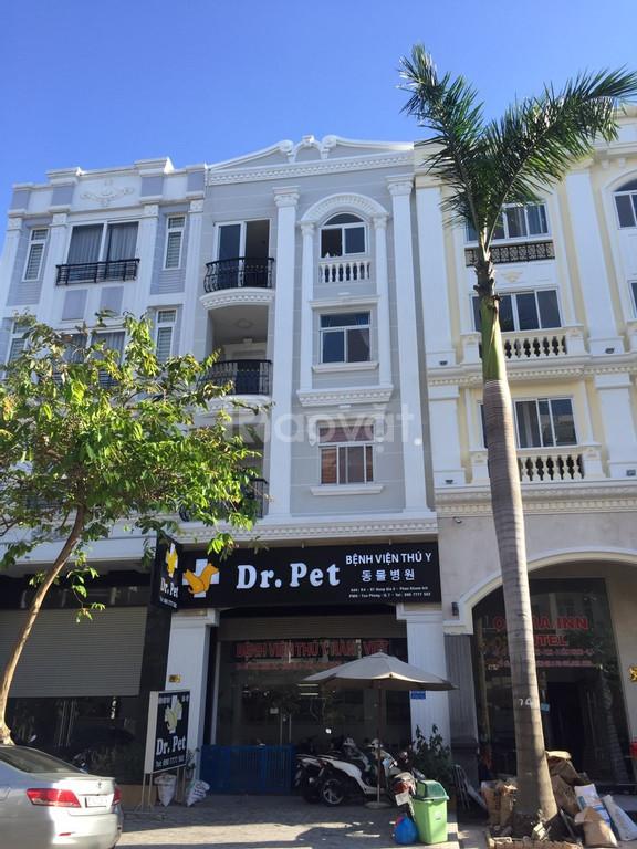 Cho thuê nhà phố để kinh doanh khu Hưng Gia, Phú Mỹ Hưng giá ưu đãi (ảnh 1)