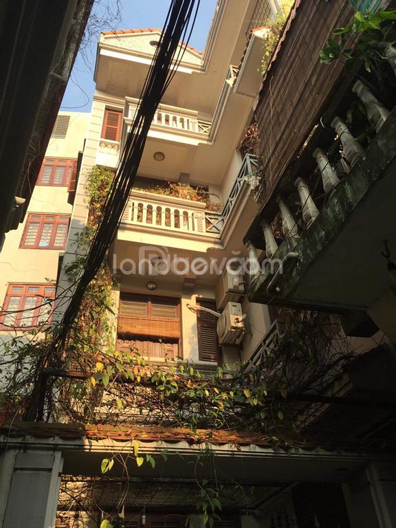 Bán nhà 4 tầng đường Lạc Long Quân, Cầu Giấy, vị trí đẹp, giá tốt