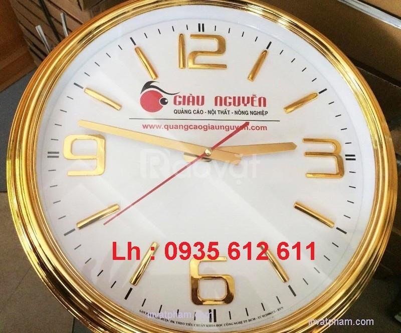 Làm đồng hồ treo tường in ấn logo tại Quảng Nam