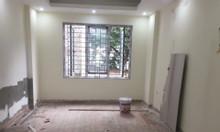 Bán nhà ở phố Ngũ Nhạc, Hoàng Mai, HN, DT 31m2 * 5 tầng