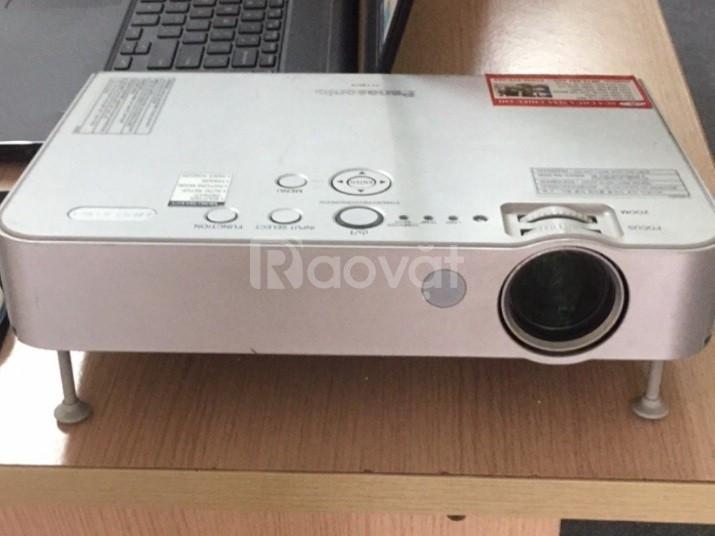 Máy chiếu cũ Panasonic PT-LB51 chính hãng Nhật độ bền cao