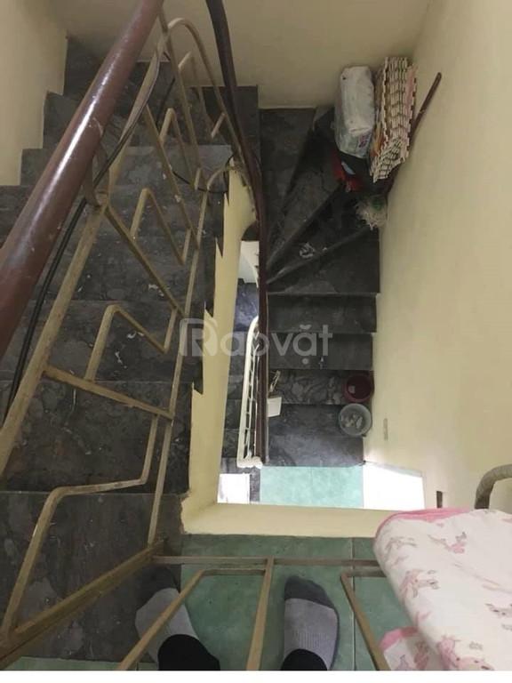Bán nhà phố Lạc Trung diện tích26x3,5 tầng, giá 2,4 tỷ.