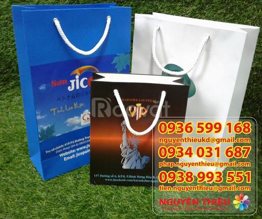 Công ty làm túi giấy giá rẻ, cung cấp giá rẻ túi giấy in quảng cáo thư