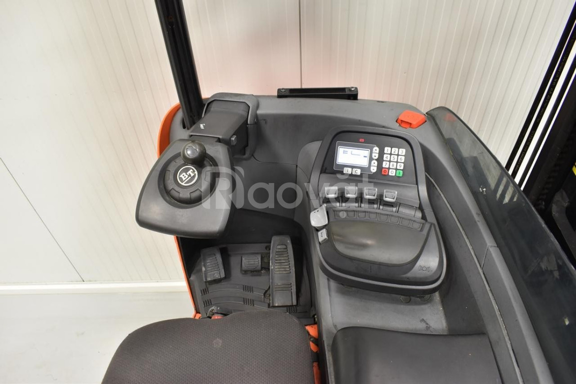 Xe nâng điện BT RRE250 nâng cao 7m,sx 2012, tải trọng 2,5 tấn, xe đẹp
