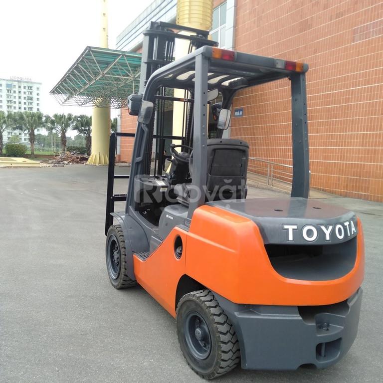 Xe nâng cũ hàng đẹp Toyota, model 52-8FD30, giá tốt, giao nhanh