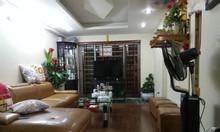 Bán nhà ngõ 25 Hoàng Quốc Việt DT 53m2, MT4.5m