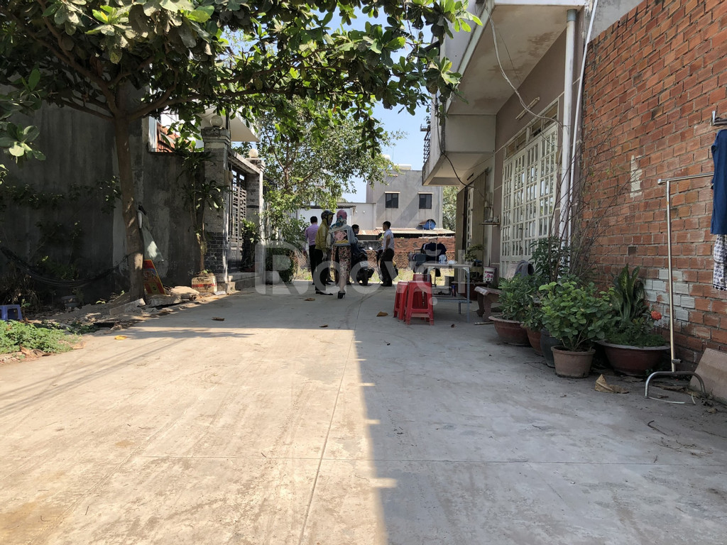 2 lô liền kề đường 32 Nguyễn Xiễn, đối diện VinCity Quận 9