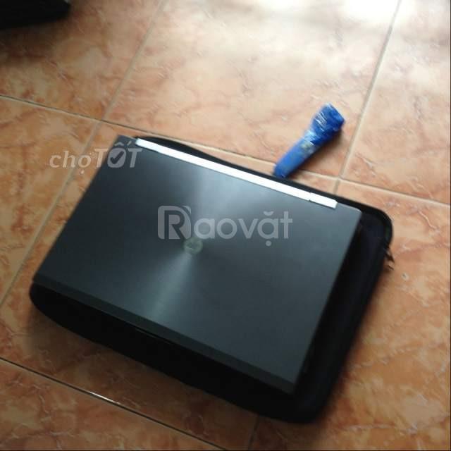 Laptop Hp 8560w i7-2720QM 4 GB 128 GB máy bền đẹp