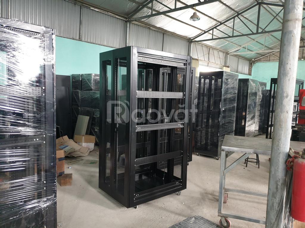 Sản xuất thang máng cáp, tủ bảng điện, tủ rack